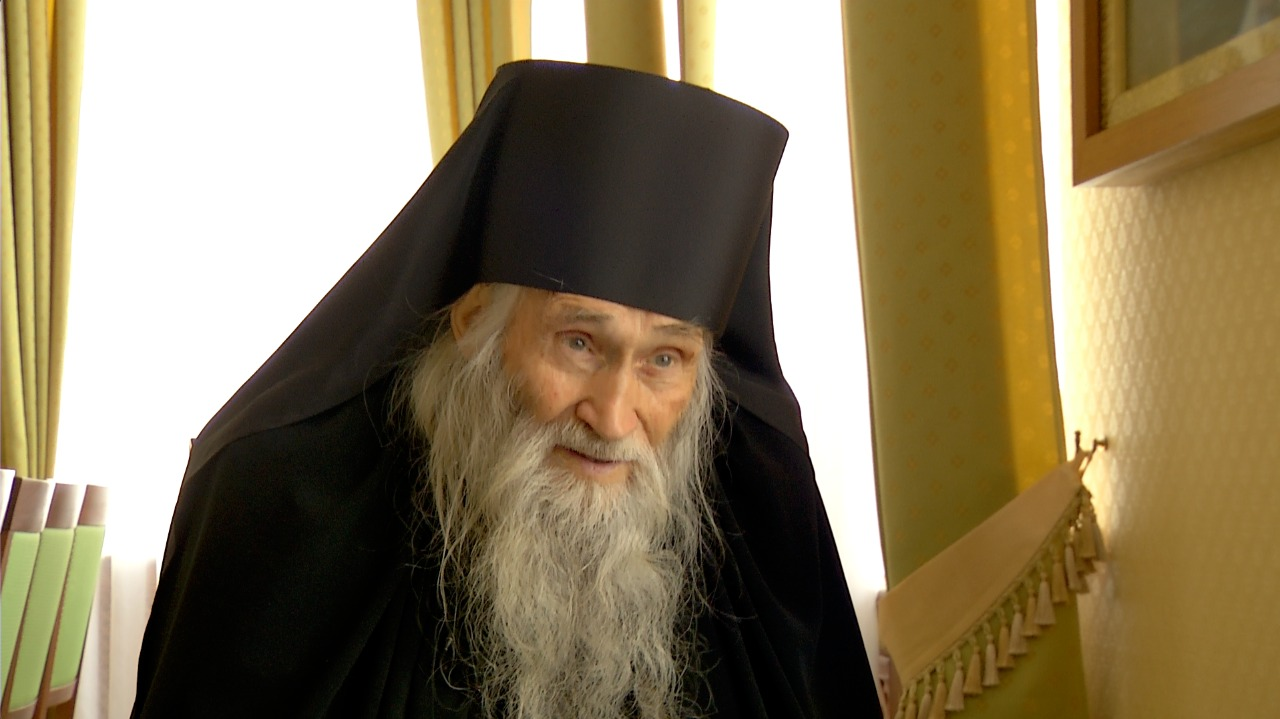 Схиархимандрит Илий (Ноздрин) рассказал о жизни Церкви в советское время и годах, проведённых им в Печорах и на Афоне